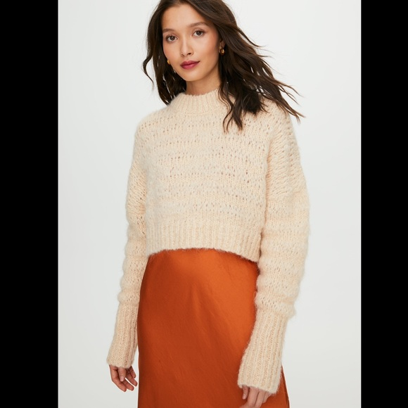 Wilfred Lune Alpaca Cropped Cream Sweater